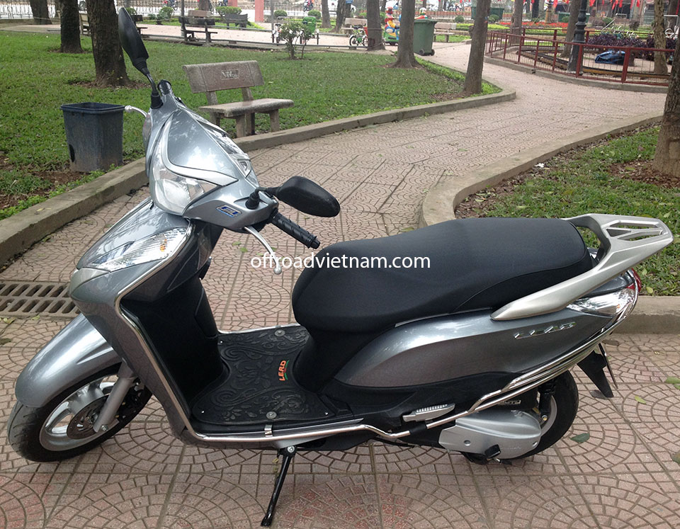honda lead 125cc hire in hanoi offroad vietnam scooter. Black Bedroom Furniture Sets. Home Design Ideas